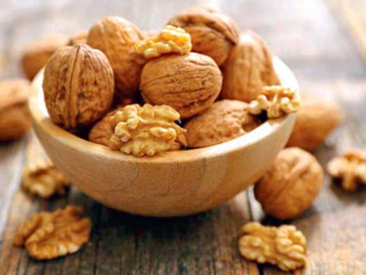 To know the benefits of eating walnuts
