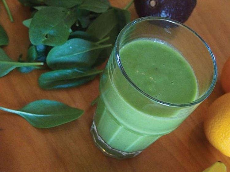 Palak(Spinach) juice help to boost immunity and for glowing skin