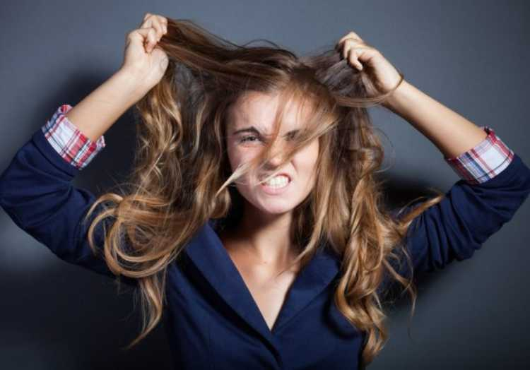 4 Home remedies for shining and strong hair