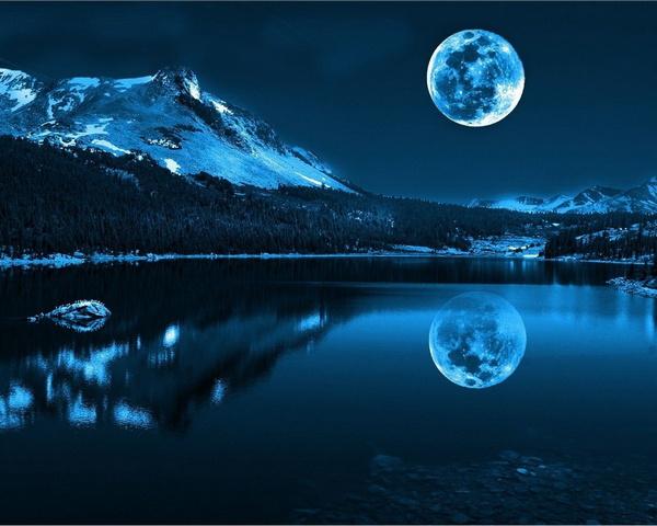 कभी तो आसमाँ से चाँद उतरे जाम हो जाए