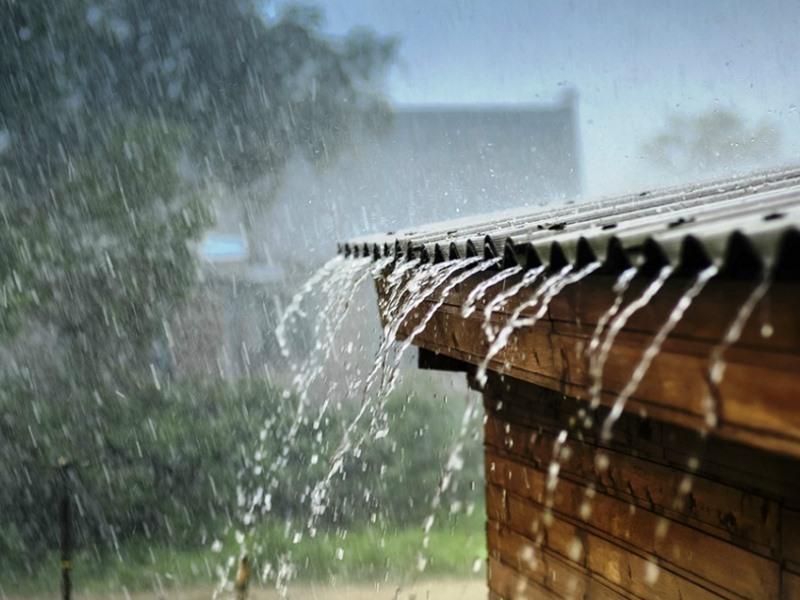 इस बारिश को देख कर